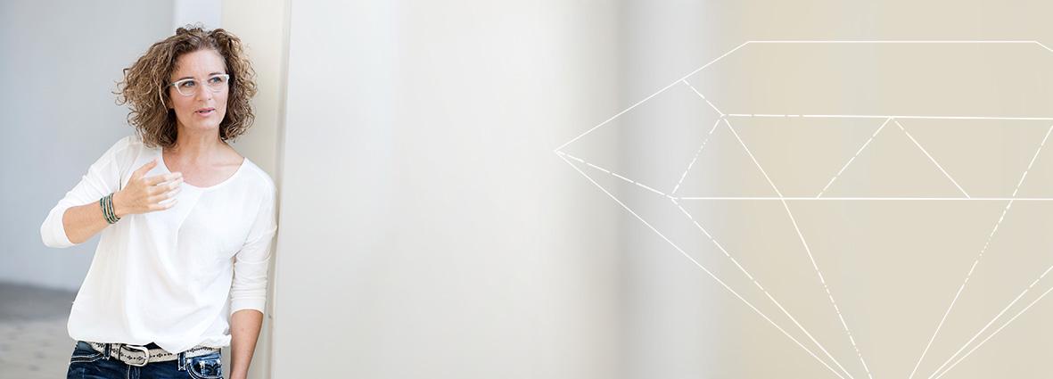 Talk über WebDesign mit Diamant als Sinnbild für den großen Wert einer WebSite
